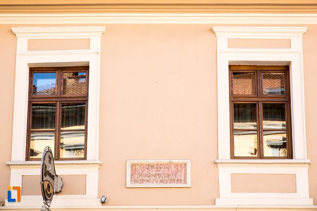 detalii-de-la-casa-rideli-din-brasov-judetul-brasov.jpg