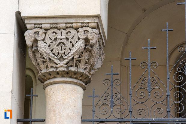 detalii-de-pe-muzeul-ortodox-din-cluj-napoca-judetul-cluj.jpg