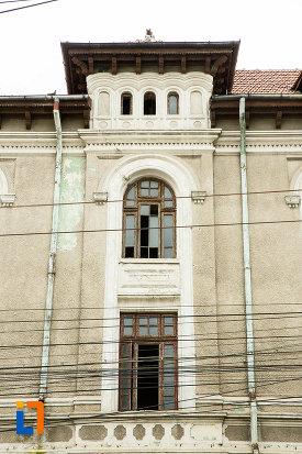 detalii-de-pe-palatul-gheorghiu-din-galati-judetul-galati.jpg