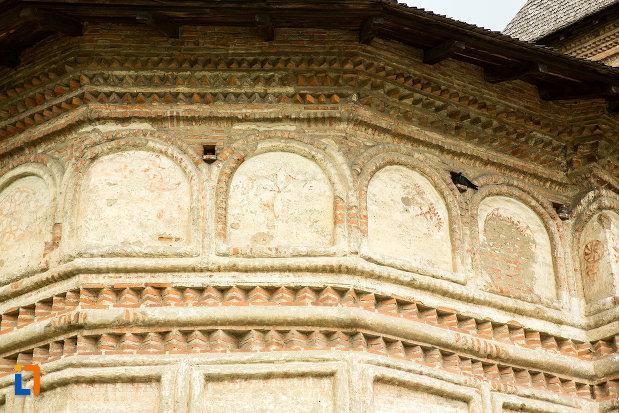 detalii-decorative-de-la-manastirea-strehaia-judetul-mehedinti.jpg