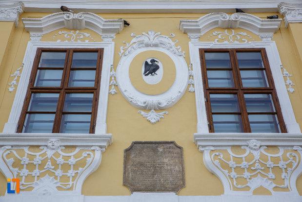 detalii-decorative-de-pe-palatul-toldalagi-1759-muzeu-de-etnografie-si-arta-populara-din-targu-mures-judetul-mures.jpg