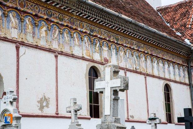 detalii-din-ansamblul-bisericii-sf-adormire-a-maicii-domnului-din-turches-sacele-judetul-brasov.jpg