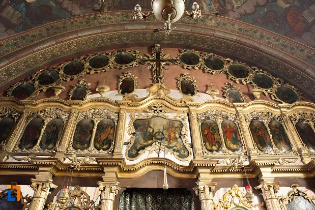 detalii-din-biserica-greaca-bunavestire-din-alba-iulia-judetul-alba.jpg