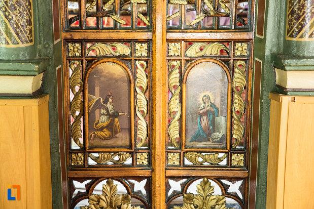 detalii-din-biserica-sf-treime-din-caracal-judetul-olt.jpg