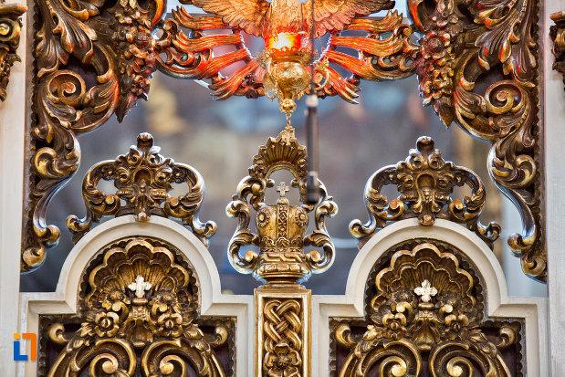 detalii-din-catedrala-greco-catolica-schimbarea-la-fata-din-cluj-napoca-judetul-cluj.jpg