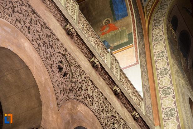 detalii-din-interior-catedrala-ortodoxa-a-vadului-feleacului-si-clujului-din-cluj-napoca-judetul-cluj.jpg