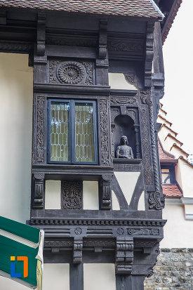 detalii-din-lemn-sculptat-vila-sipot-din-sinaia-judetul-prahova.jpg