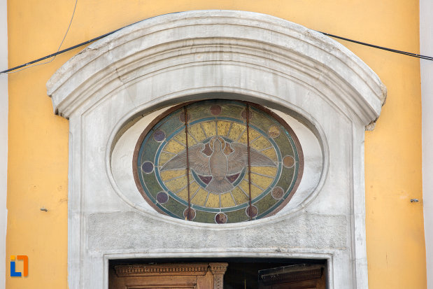 detalii-fatada-catedrala-greco-catolica-schimbarea-la-fata-din-cluj-napoca-judetul-cluj.jpg