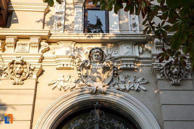 detaliu-arhitectural-de-la-casa-mateche-stefanescu-1830-din-ploiesti-judetul-prahova.jpg