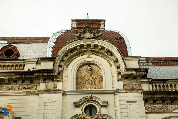 detaliu-de-acoperis-palatul-cosma-constantinescu-casa-de-cultura-si-muzeul-de-arheologie-si-etnografie-judetul-olt.jpg