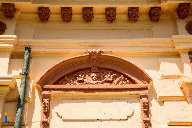 detaliu-de-la-casa-arh-petre-antonescu-1895-din-ramnicu-sarat-judetul-buzau.jpg