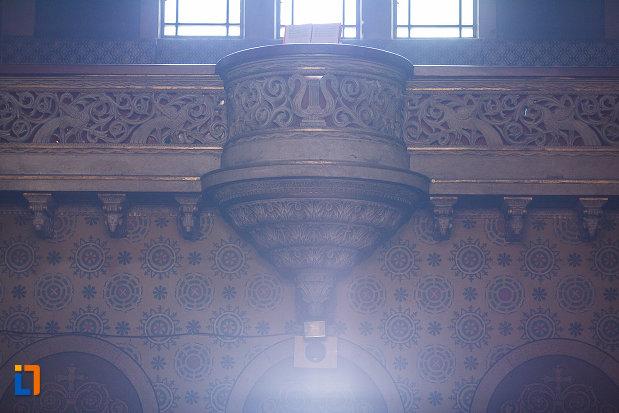 detaliu-din-catedrala-ortodoxa-sf-arhangheli-mihail-si-gavril-din-orastie-judetul-hunedoara.jpg