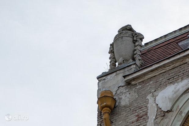 detaliu-palatul-ullman-din-oradea-judetul-bihor.jpg