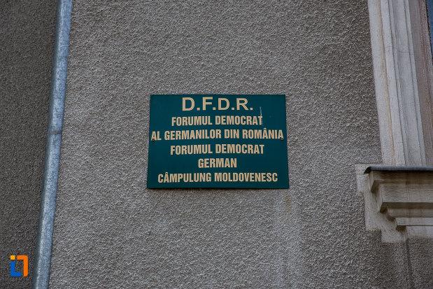din-campulung-moldovenesc-judetul-suceava-azi-forumul-democrat-german.jpg