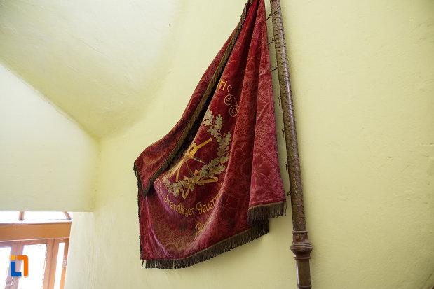 drapel-exous-in-muzeul-de-etnografie-si-arta-populara-din-ciacova-judetul-timis.jpg