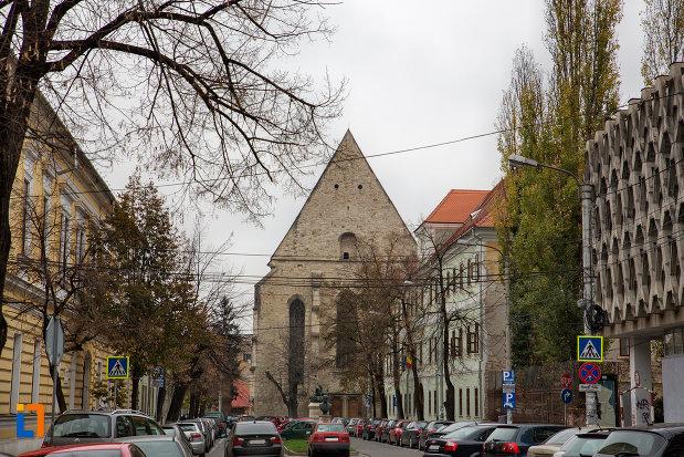 drumul-spre-biserica-reformata-din-cluj-napoca-judetul-cluj.jpg