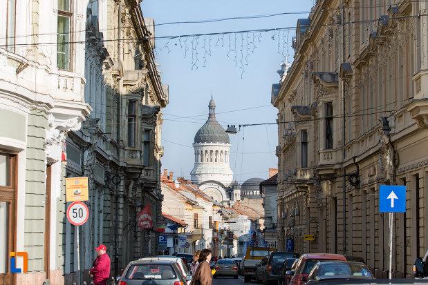 drumul-spre-catedrala-ortodoxa-a-vadului-feleacului-si-clujului-din-cluj-napoca-judetul-cluj.jpg