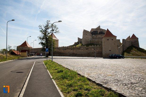 drumul-spre-cetatea-rupea-judetul-brasov.jpg
