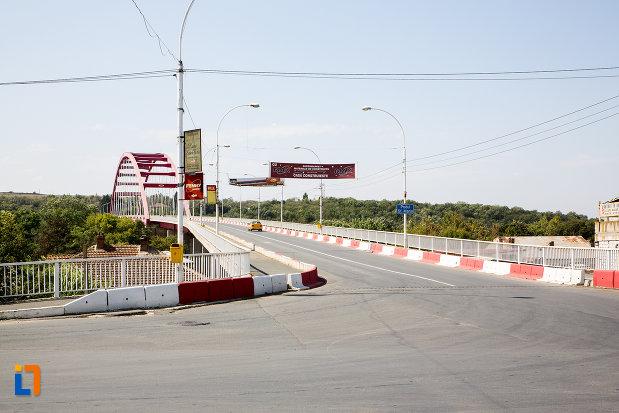 drumul-spre-podul-sf-maria-din-cernavoda-judetul-constanta.jpg