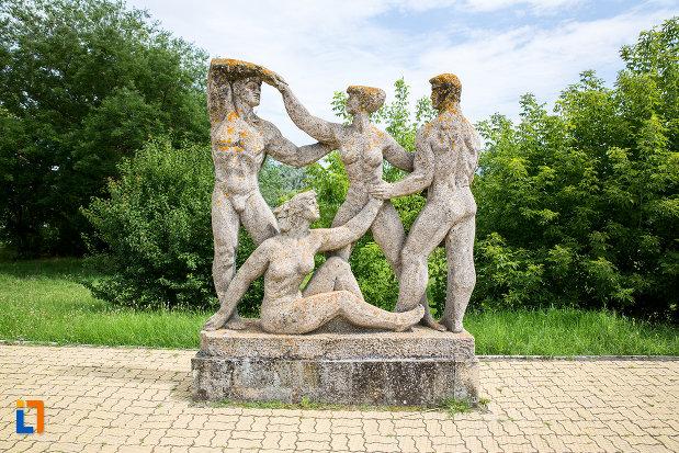 element-din-grupul-statuar-din-eforie-nord-judetul-constanta.jpg