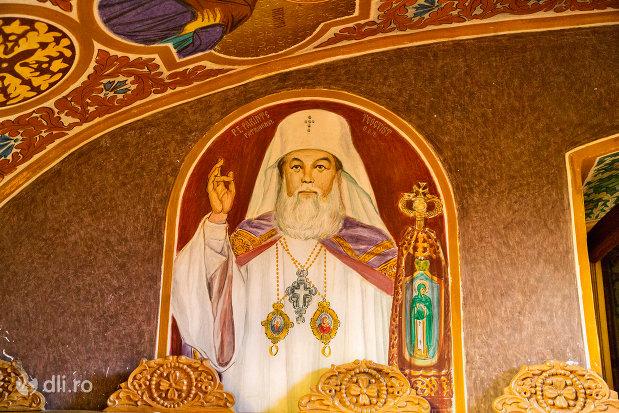 episcop-din-manastirea-sfintii-apostoli-petru-si-pavel-din-bixad-judetul-satu-mare.jpg