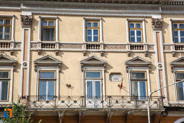 etajele-superioare-de-la-cercul-militar-din-targu-mures-judetul-mures.jpg