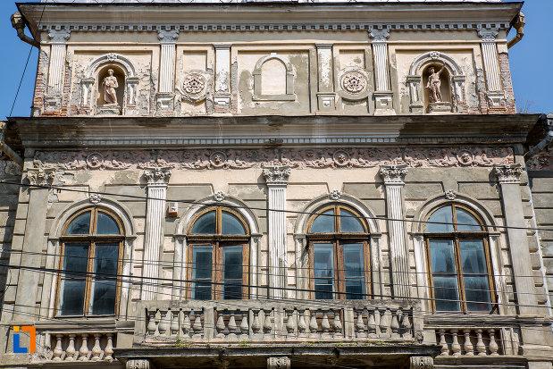 etajul-de-la-fosta-primarie-1896-din-campulung-moldovenesc-judetul-suceava.jpg