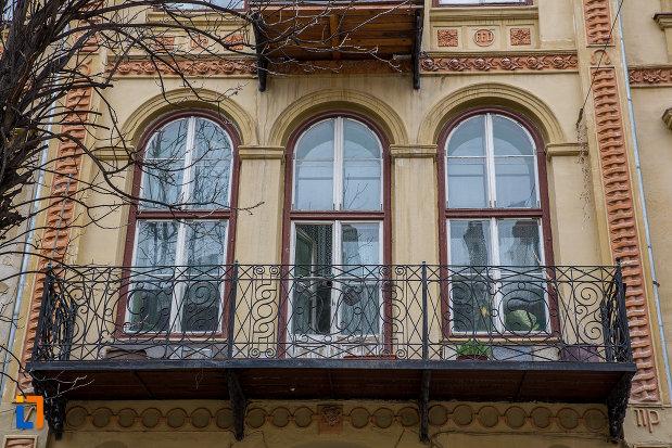 etajul-i-de-la-casa-care-inglobeaza-fragmente-medievale-si-fortificatii-din-incinta-iii-a-din-sibiu-judetul-sibiu.jpg