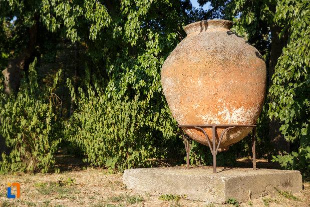 exponata-de-la-muzeul-de-istorie-si-arheologie-din-tulcea-judetul-tulcea.jpg