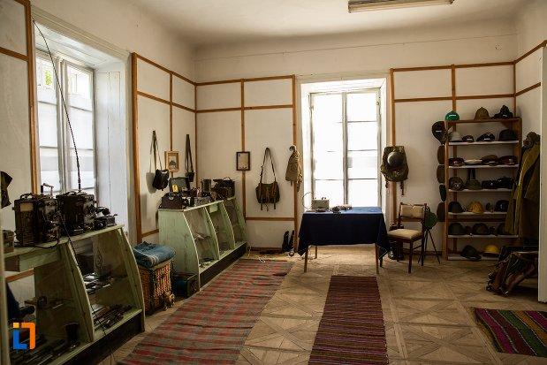 expozitie-de-la-conacul-theodor-bals-azi-muzeul-nordului-din-darabani-judetul-botosani.jpg