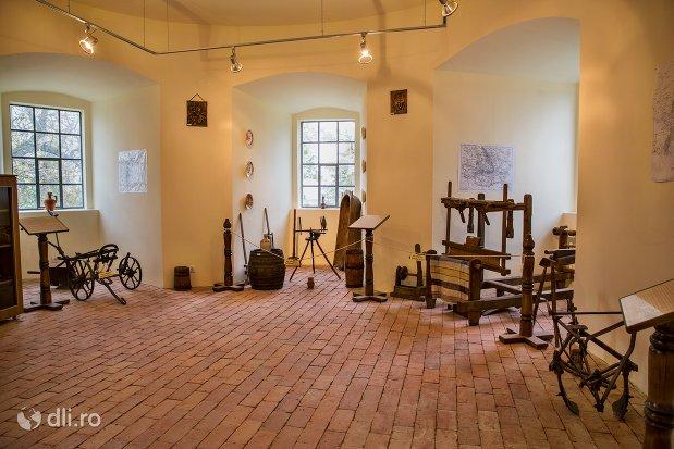 expozitie-traditionala-in-cetatea-din-ardud-judetul-satu-mare.jpg