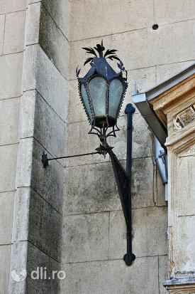 felinar-medieval-de-la-manastirea-franciscana-sf-anton-din-capleni-judetul-satu-mare.jpg
