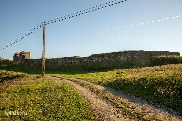 fortificatie-din-orasul-porolissum-din-moigrad-judetul-salaj.jpg