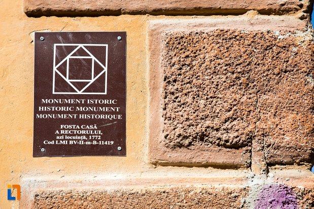 fosta-casa-a-rectoratului-azi-locuinta-din-brasov-judetul-brasov-monument-istoric.jpg