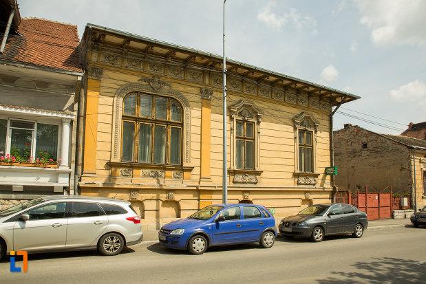 foto-cu-casa-popescu-grigore-din-drobeta-turnu-severin-judetul-mehedinti.jpg