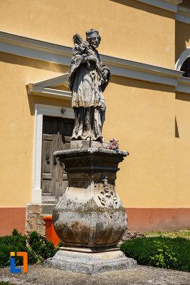 foto-cu-statuia-sf-ioan-nepomuc-1757-din-sannicolau-mare-judetul-timis.jpg