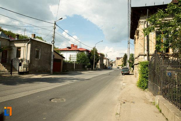 fotografie-cu-ansamblul-urban-str-ionascu-din-slatina-judetul-olt.jpg