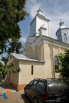 fotografie-cu-biserica-cuvioasa-paraschiva-1862-din-turnu-magurele-judetul-teleorman.jpg