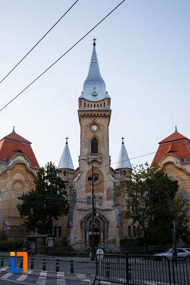 fotografie-cu-biserica-romano-catolica-sf-cruce-din-timisoara-judetul-timis.jpg