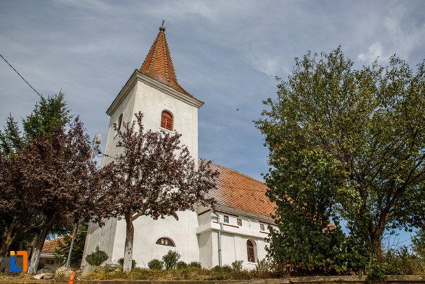 fotografie-cu-biserica-schimbarea-la-fata-1805-din-ocna-sibiului-judetul-sibiu.jpg