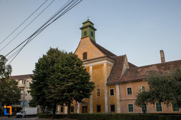 fotografie-cu-biserica-sf-elisabeta-din-sibiu-judetul-sibiu.jpg