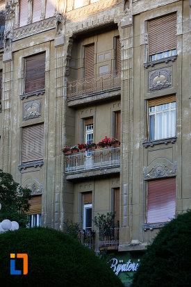 fotografie-cu-palatul-dauerbach-din-timisoara-judetul-timis.jpg