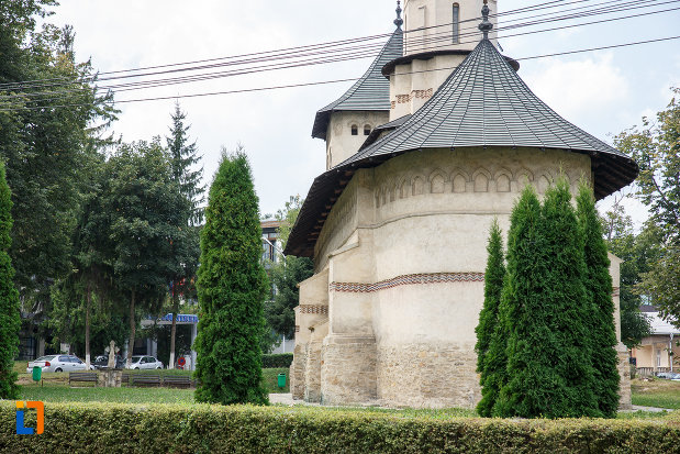 fotografie-din-spate-cu-biserica-sf-nicolae-prajescu-1611-din-suceava-judetul-suceava.jpg