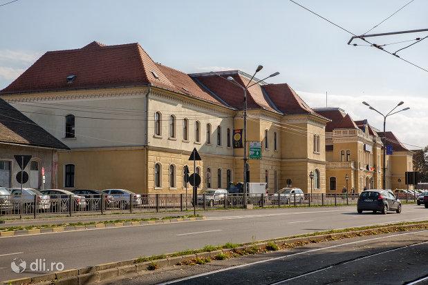 gara-cfr-din-oradea-judetul-bihor-vazuta-din-lateral.jpg