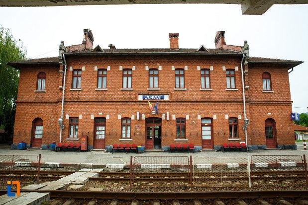 gara-din-calimanesti-anterior-gara-jiblea-judetul-valcea-pozat-dinspre-calea-ferata.jpg