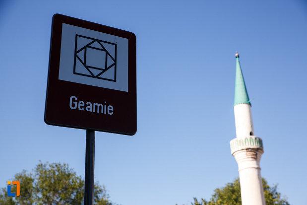 geamia-mahmud-yazici-din-isaccea-judetul-tulcea-monument-istoric.jpg