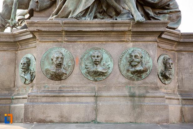 generali-de-la-monumentul-libertatii-din-arad-judetul-arad.jpg