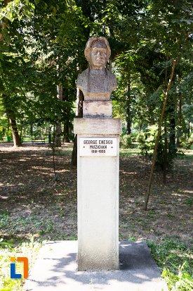 george-enescu-grupul-statuar-din-parcul-mihai-eminescu-din-botosani-judetul-botosani.jpg