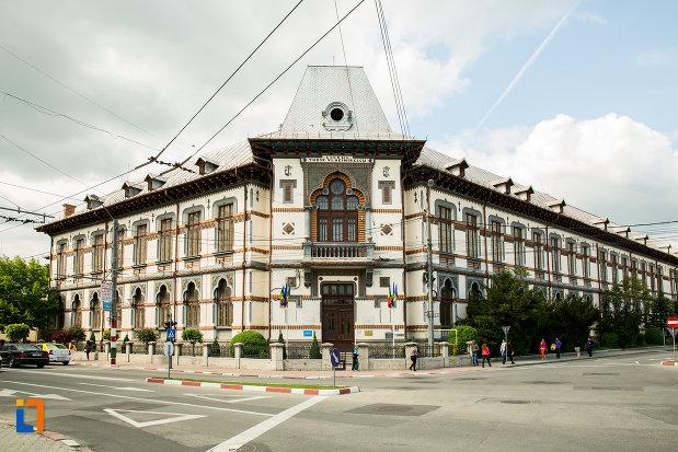 gimnaziul-colegiul-national-tudor-vladimirescu-din-targu-jiu.jpg