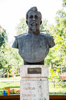 grigore-ion-nastase-aleea-eroilor-1877-1878-23-de-busturi-si-o-placa-comemorativa-din-giurgiu.jpg